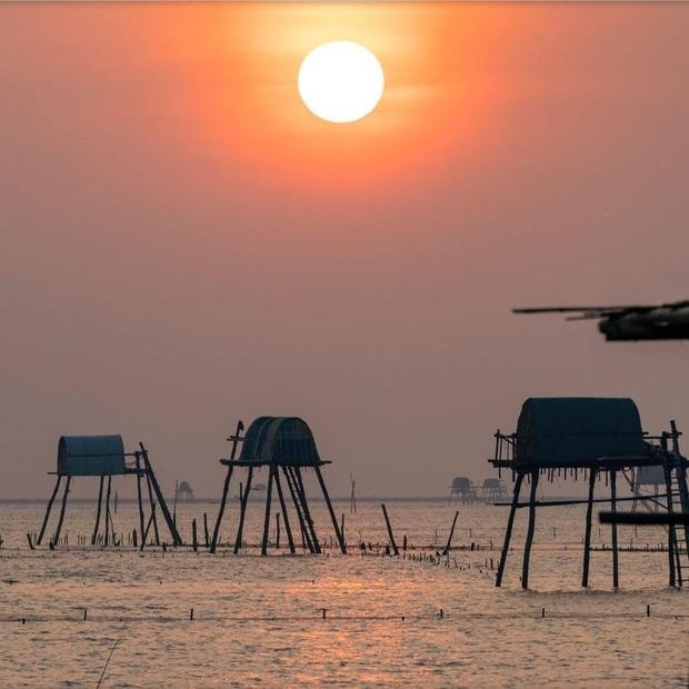 """Thực hư bãi biển được mệnh danh """"Phú Quốc thu nhỏ"""" của miền Bắc: Sao ảnh mạng và ngoài đời khác nhau """"một trời một vực"""" thế nhỉ? - Ảnh 6."""