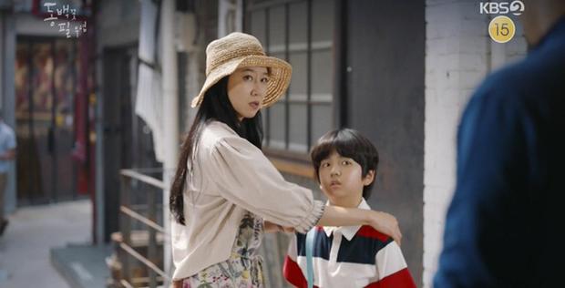 Hậu Beaksang 2020, xem Khi Cây Trà Trổ Hoa để thấy mọi drama thường nhật được tinh giản qua lăng kính đầy tình yêu - Ảnh 8.