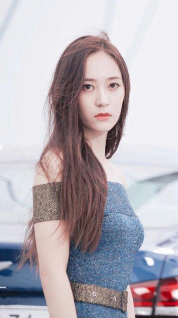 Netizen cũng phải choáng váng với khả năng phù phép nhan sắc của nhà SM khi xem lại loạt hình cũ của hội idol - Ảnh 12.