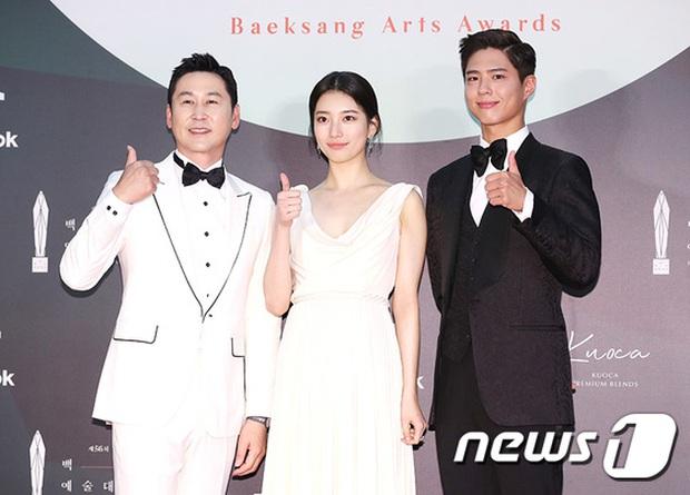 Siêu thảm đỏ Baeksang 2020: Son Ye Jin - Hyun Bin, Park Bo Gum - Suzy thái độ lạ, tiểu tam Thế giới hôn nhân lấn át cả IU, Seohyun - Ảnh 5.