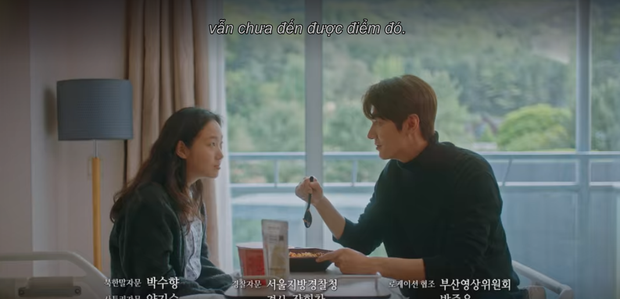 Vừa ngập trong bể tình với Tae Eul hậu xuyên không, Lee Gon đã lại điên cuồng tìm người yêu ở preview tập 15 Quân Vương Bất Diệt - Ảnh 2.