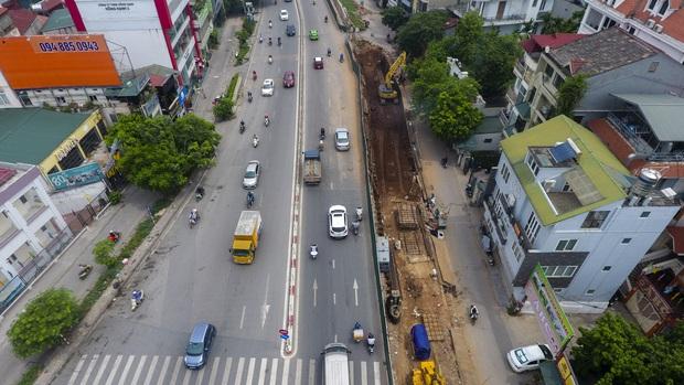 Hà Nội phá 600 mét con đường gốm sứ để mở rộng mặt đê: Ta đành hy sinh một phần để đổi lấy điều lớn lao hơn - Ảnh 7.