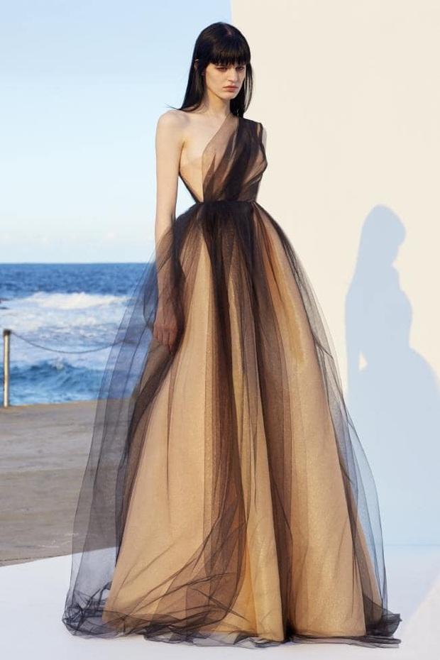 Tỏa sáng như nữ thần tại Baeksang 2020 nhưng ai ngờ tiểu tam hot nhất màn ảnh Hàn diện lại váy cũ Angela Baby từng mặc từ 2 năm trước - Ảnh 9.