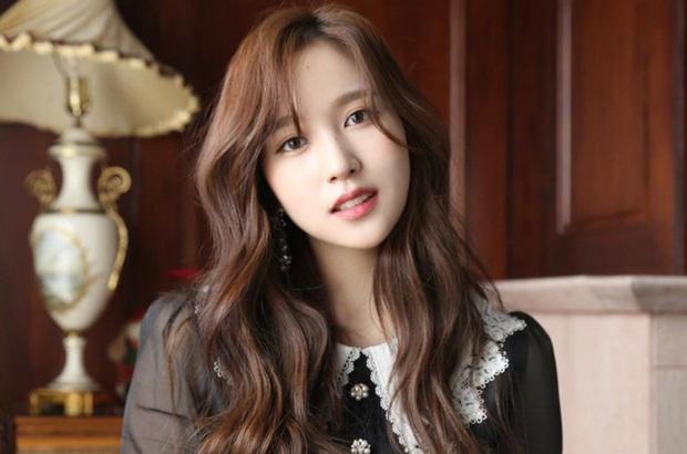 Chịu chơi như nữ idol Mina (Twice), đầu tư hẳn dàn PC cực xịn để rảnh tay thì cày game - Ảnh 4.