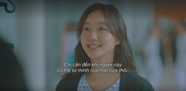 Thính xịn hơn cả hôn cổ, Lee Min Ho ôm ấp dính chặt Kim Go Eun không rời ở tập 15 Quân Vương Bất Diệt - Ảnh 4.