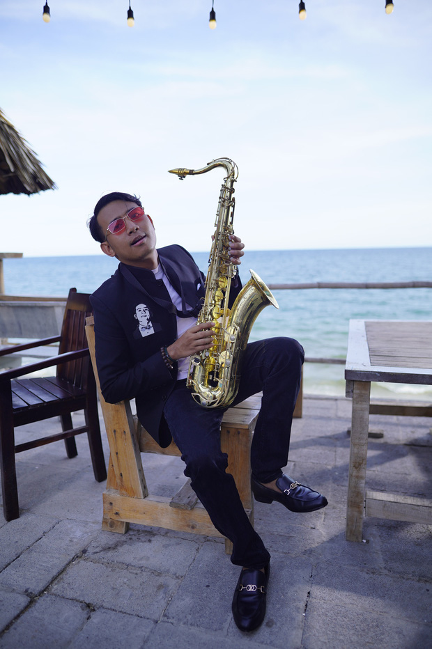 Kiều Minh Tuấn bất ngờ xuất hiện trong MV của Thái Vũ FAPtv: Ngô Kiến Huy, Trịnh Thăng Bình, AMEE... đồng loạt reaction khen ngợi! - Ảnh 4.
