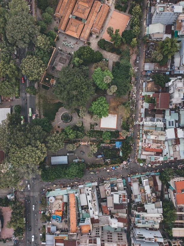 """Không tin vào mắt mình trước bộ ảnh chụp Sài Gòn từ trên cao đang """"gây bão"""" MXH: Xem hình, bạn đoán được đúng tên bao nhiêu địa điểm? - Ảnh 24."""