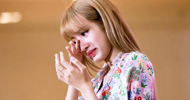 Mật báo Cbiz: Lisa bị lừa nhiều hơn con số 19 tỷ đồng, Angela Baby muốn tiếp cận Thái Từ Khôn, vì sao Dương Tử nhập viện? - Ảnh 5.