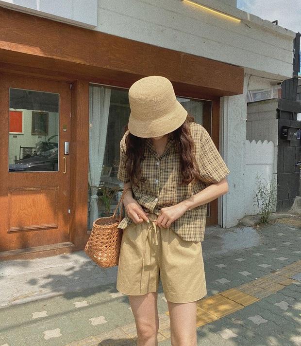 10 gợi ý mix đồ xinh mát hết cỡ từ hội gái xinh Hàn Quốc, chị em muốn lên đời phong cách hãy bắt chước ngay - Ảnh 3.