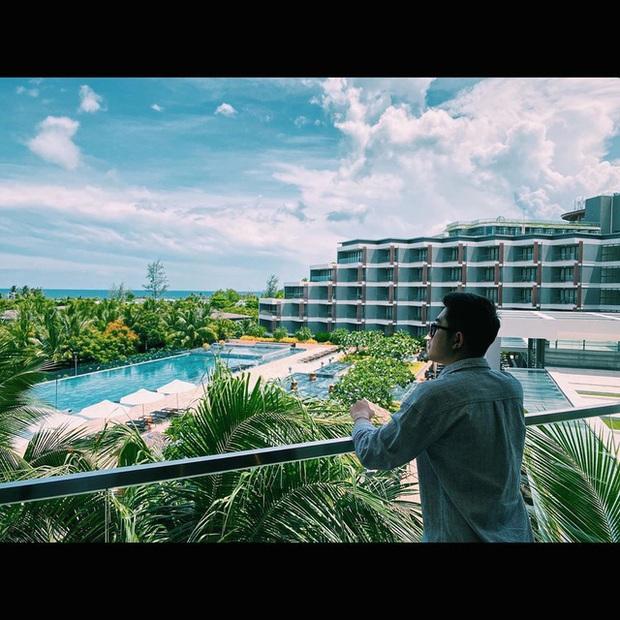 6 resort 5 sao sở hữu hồ bơi độc đáo bậc nhất đảo ngọc Phú Quốc đang có giá rẻ, giảm sâu đến không ngờ: Còn gì tuyệt hơn ngắm hoàng hôn, đắm mình trong làn nước xanh trong vắt - Ảnh 2.
