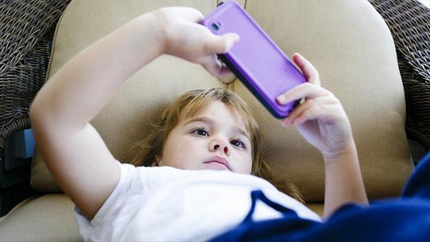 """YouTube trở thành """"điểm đến"""" hàng đầu cho trẻ em khi tìm kiếm game mobile - Ảnh 1."""