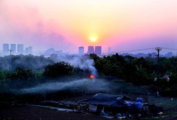 Bốn ngày liên tiếp Hà Nội ô nhiễm vào buổi tối, vì sao? - Ảnh 1.