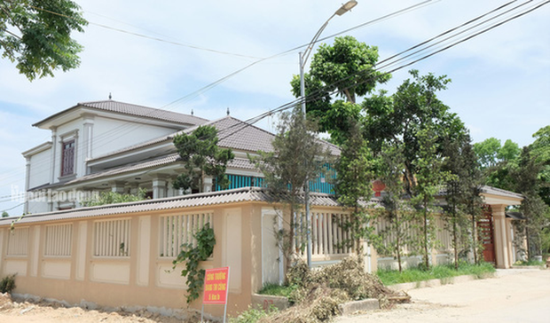 Bất ngờ với những ngôi nhà của hộ cận nghèo ở xã có 712 hộ cận nghèo  - Ảnh 13.