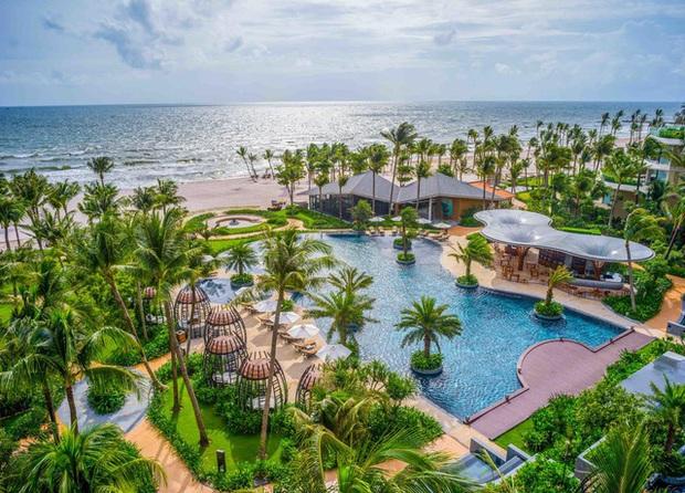 6 resort 5 sao sở hữu hồ bơi độc đáo bậc nhất đảo ngọc Phú Quốc đang có giá rẻ, giảm sâu đến không ngờ: Còn gì tuyệt hơn ngắm hoàng hôn, đắm mình trong làn nước xanh trong vắt - Ảnh 19.