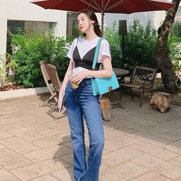 10 cách mix áo phông vừa đẹp vừa mát như sao Việt, toàn kiểu đơn giản mà nàng nào cũng có thể học theo - Ảnh 8.