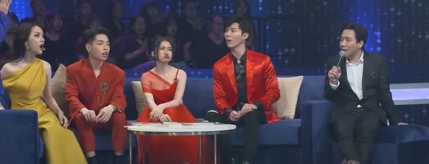 Lần đầu đi Người ấy là ai, Hòa Minzy đã cống hiến 1001 biểu cảm khiến fan cười đau bụng! - Ảnh 8.