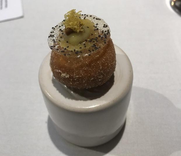 """Giờ mới biết những món ăn như thế nào mới đủ điều kiện đạt sao Michelin danh giá: Ngon hay không chưa rõ, đầu tiên phải """"độc"""" cái đã! - Ảnh 23."""