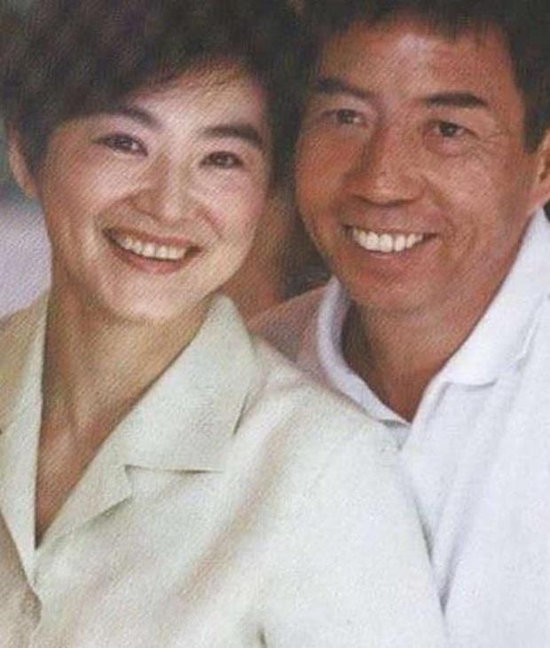 Số phận 10 Quỳnh Dao Nữ Lang nổi tiếng: Người bị cắm sừng, kẻ khổ sở khi lấy Thành Long, Hàm Hương chết thảm - Ảnh 9.