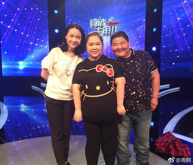Chuyện lạ ở Tứ Xuyên: Kết duyên vì muốn cùng nhau giảm cân, nào ngờ sau vài năm hai vợ chồng đều nặng gần 200kg - Ảnh 4.