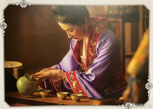 Mulan Lưu Diệc Phi thần thái ngút ngàn trong bộ ảnh mới, netizen phấn khích: Ai chê chị đơ ra đây xem nào! - Ảnh 15.