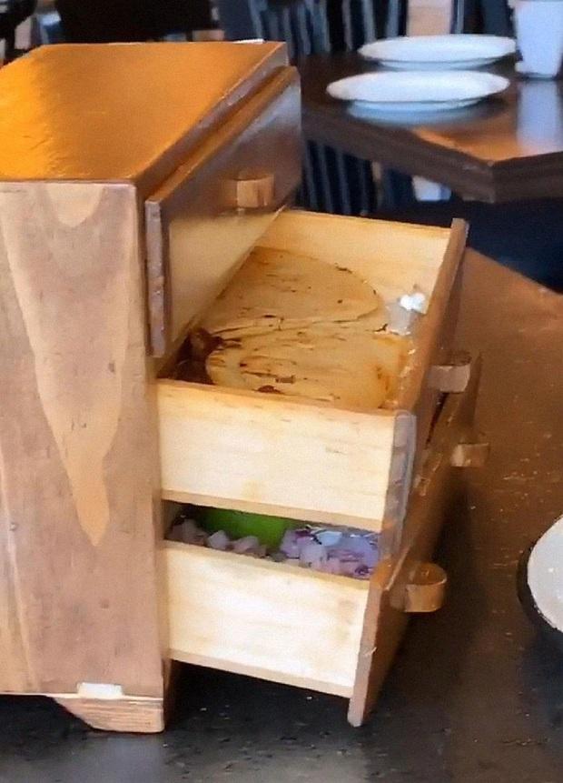 """Suýt ngất trước những lần phục vụ đồ ăn như muốn """"đuổi khéo"""" khách của các nhà hàng sang trọng, nhìn xong chỉ thấy nghẹn ngang cổ! - Ảnh 27."""