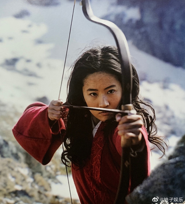 Mulan Lưu Diệc Phi thần thái ngút ngàn trong bộ ảnh mới, netizen phấn khích: Ai chê chị đơ ra đây xem nào! - Ảnh 6.