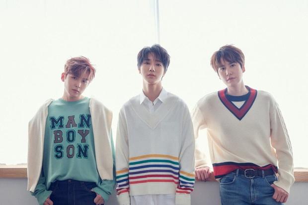 Unit không album 14 năm, main vocal CUBE và cựu thành viên Wanna One cùng tung MV mới, riêng 1 nghệ sĩ vô duyên với Melon vì là con ghẻ - Ảnh 1.