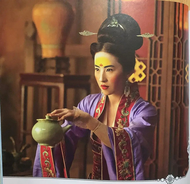 Mulan Lưu Diệc Phi thần thái ngút ngàn trong bộ ảnh mới, netizen phấn khích: Ai chê chị đơ ra đây xem nào! - Ảnh 13.