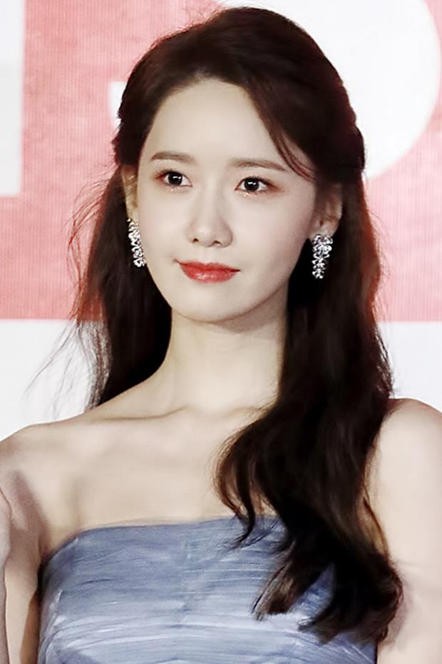 Lý giải hiện tượng Kbiz Yoona: 13 năm vẫn đứng đầu top sao đắt giá, mỹ nhân hiếm hoi diện kiến Tổng thống, có gì mà hot đến vậy? - Ảnh 4.