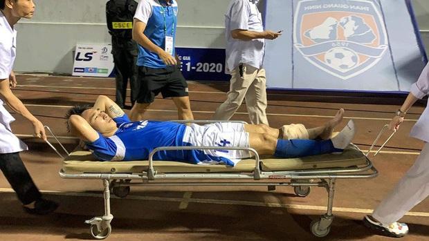 Báo Thái chú ý đến chấn thương kinh hoàng của Hải Huy, cạnh khóe y tế tại V.League yếu kém khi sơ cứu  - Ảnh 2.