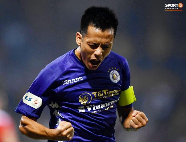 Đội trưởng Hà Nội FC bắn phát súng vào quá khứ bị quay lưng: Sự bất công không thể giết chết tài năng - Ảnh 2.
