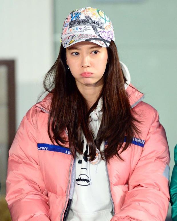 Song Ji Hyo lại bị Running Man đối xử bất công, cho lên sóng mỗi... cái tay áo? - Ảnh 9.