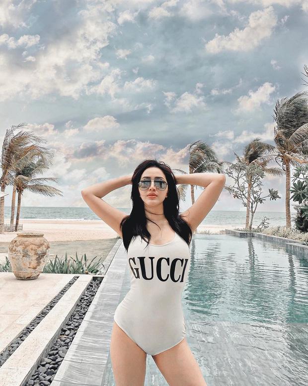 """Bóc giá đồ bơi sao Việt hè này: Bộ của Ngọc Trinh giá bình dân nhưng sexy """"nóng mắt"""" còn hơn đồ hiệu - Ảnh 13."""