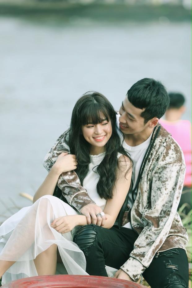Mới ngày nào mê mẩn thầy Ngạn, nay Trà Long Khánh Vân đã bén thính Tuấn Trần ở hậu trường web drama mới - Ảnh 5.