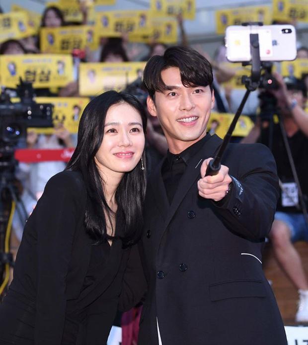 Để ý mới thấy cách Hyun Bin phản ứng trước tin đồn hẹn hò Song Hye Kyo - Son Ye Jin khác nhau một trời một vực thế này? - Ảnh 5.