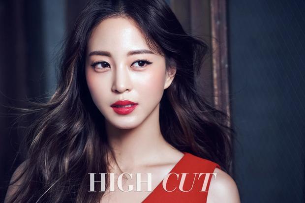 Chuyên gia thẩm mỹ vote top sao nữ có khuôn mặt đẹp nhất Kbiz: Nữ thần Kpop vượt mặt diễn viên, thứ hạng gây ngỡ ngàng - Ảnh 12.