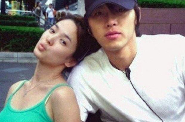 Để ý mới thấy cách Hyun Bin phản ứng trước tin đồn hẹn hò Song Hye Kyo - Son Ye Jin khác nhau một trời một vực thế này? - Ảnh 8.
