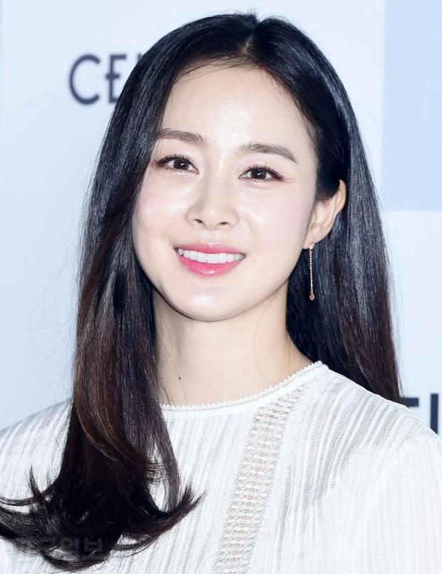 Chuyên gia thẩm mỹ vote top sao nữ có khuôn mặt đẹp nhất Kbiz: Nữ thần Kpop vượt mặt diễn viên, thứ hạng gây ngỡ ngàng - Ảnh 11.