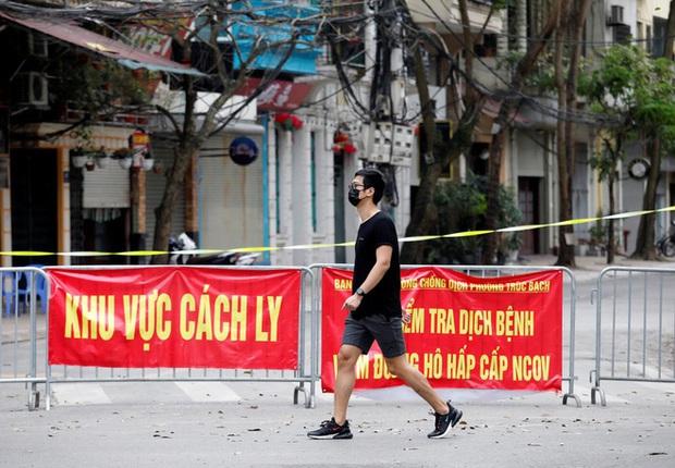 Báo Mỹ: Việt Nam thành công phá vỡ chiếc bẫy dịch bệnh, hồi sinh một ngành kinh tế quan trọng - Ảnh 2.