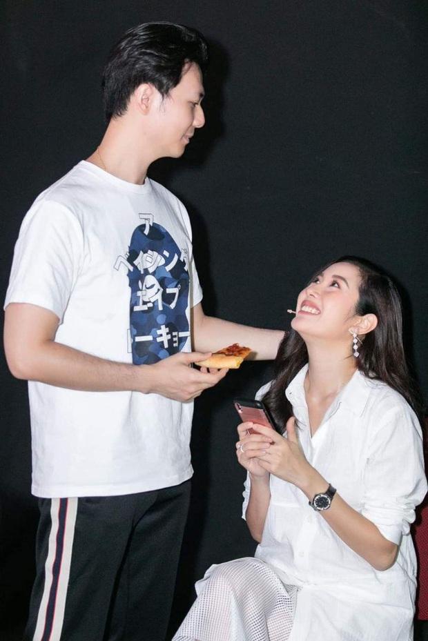 Giữa tin đồn mang thai, Á hậu Thúy Vân lại để lộ vòng 2 đã lớn thấy rõ bên chồng sắp cưới - Ảnh 3.