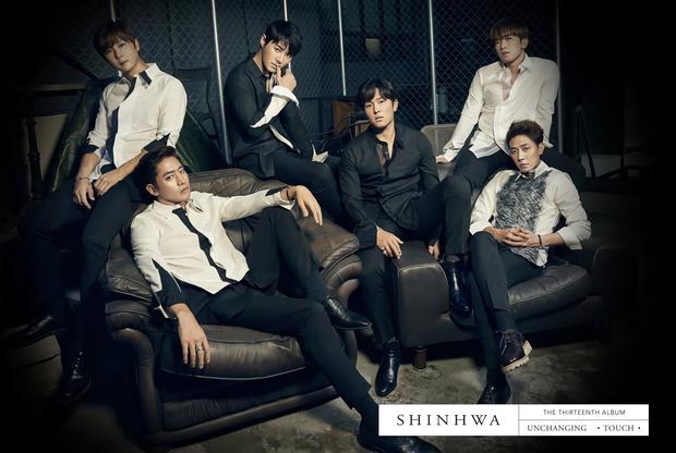 Leader boygroup huyền thoại Kpop khiến dân tình nể toàn tập: Chia đều toàn bộ cát-xê hoạt động solo, từ chối hợp đồng béo bở để ở lại với nhóm - Ảnh 4.