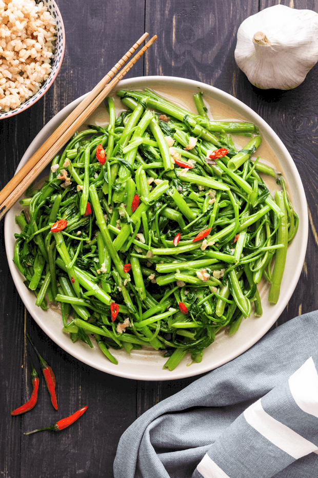 """Một loại rau rất phổ biến ở Việt Nam có tên tiếng Anh cực kỳ """"hack não"""", đọc xong ai cũng tự hỏi liên quan chỗ nào? - Ảnh 4."""