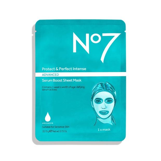 7 loại mặt nạ bình dân được bác sĩ khen hết lời: Loại hút sạch khít lỗ chân lông, loại làm da căng bóng 24 giờ - Ảnh 5.