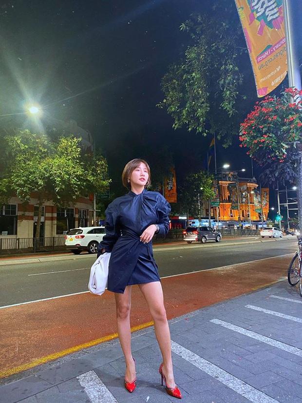 Vừa xuất hiện ở Người ấy là ai, Văn Mai Hương lại khiến netizen tranh cãi vì gu thời trang - Ảnh 6.