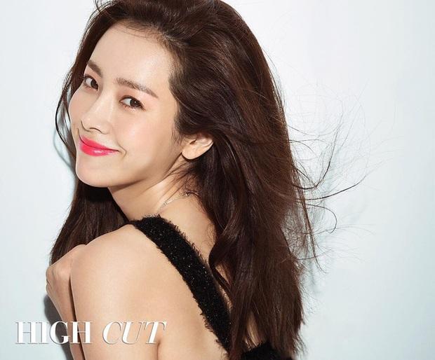 Khi sao nữ Hàn bị thời gian bỏ quên: Mợ chảnh và Song Hye Kyo lên hương, trùm cuối đích thị là Goo Hye Sun - Son Ye Jin - Ảnh 29.