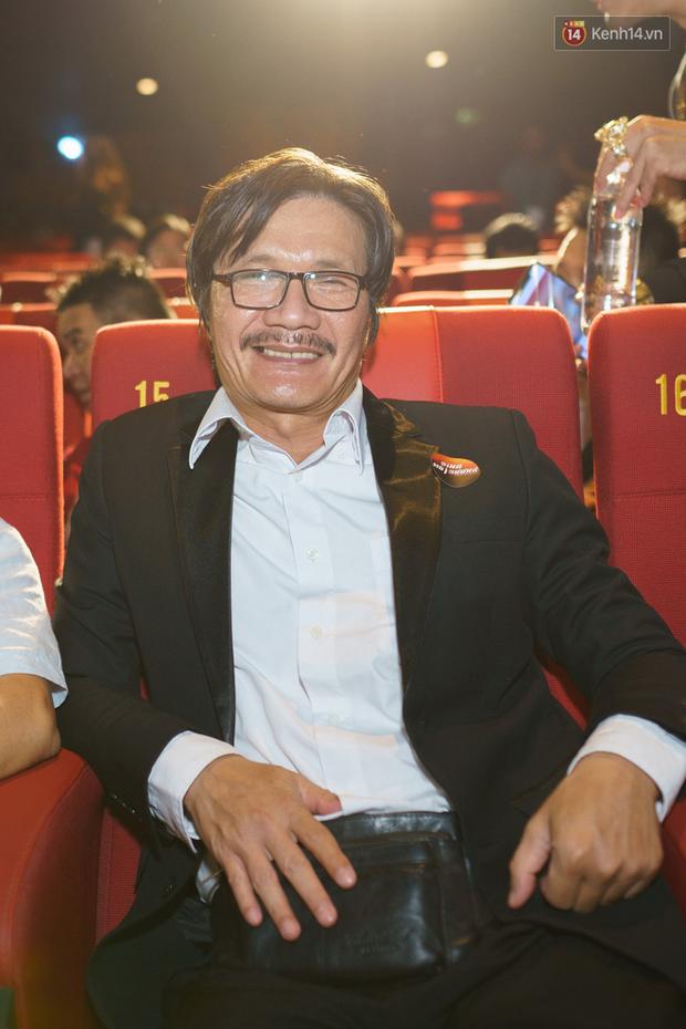 Trương Ngọc Ánh diện blazer siêu nổi, sánh đôi tình trẻ tin đồn ở họp báo phim hành động Đỉnh Mù Sương - Ảnh 8.