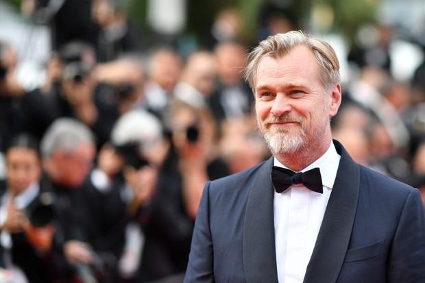 Bị phốt oan cấm dùng ghế trên phim trường, bậc thầy Christopher Nolan lên tiếng thanh minh Có mình tôi không được ngồi thôi! - Ảnh 6.