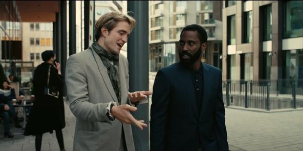 Bị phốt oan cấm dùng ghế trên phim trường, bậc thầy Christopher Nolan lên tiếng thanh minh Có mình tôi không được ngồi thôi! - Ảnh 8.