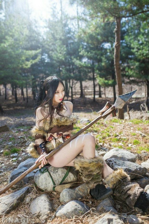 Rạo rực với cosplay Nidalee tâm hồn căng mọng, trắng hồng từng milimet của nữ coser Hàn Quốc - Ảnh 8.