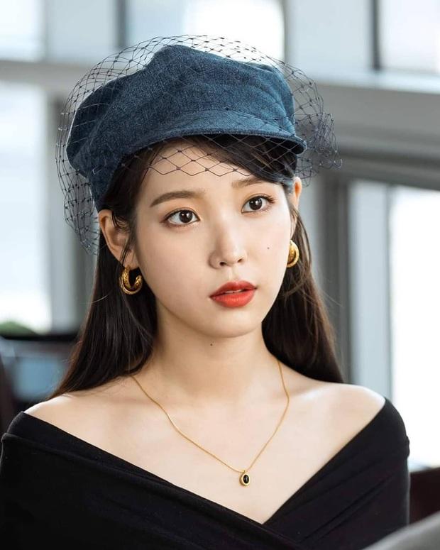 Nữ đại gia hào phóng vung tiền tặng quà khủng nhất Kpop IU: TWICE - GD nhận đống đồ giá trị, món quà đắt nhất gần 100 triệu - Ảnh 12.